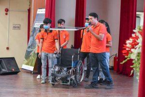 Ý tưởng khởi nghiệp: thiết bị hỗ trợ xe lăn AutoMov